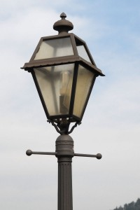 Should everyone pay for streetlights or should users pay directly?